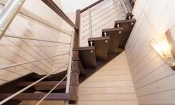 Лестница из лиственницы, конструкция: Тетива-Больцы